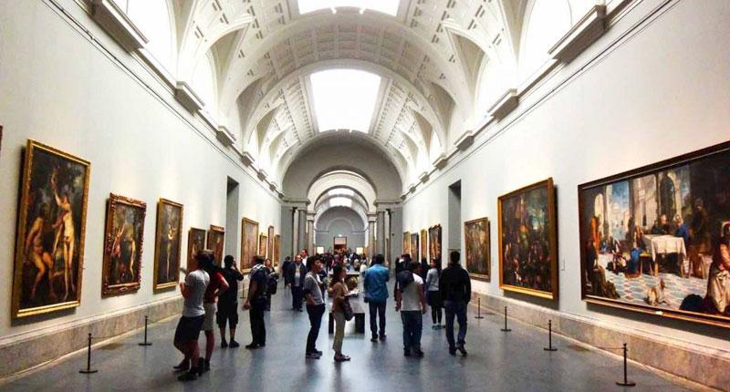Interior_del_Museo_del_p-800